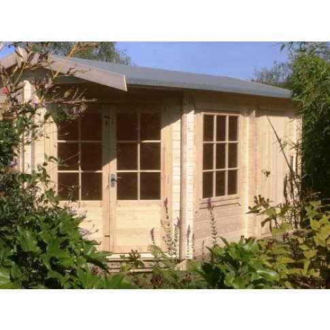 Shire Livia & Ropsley Pine Lodge 28mm